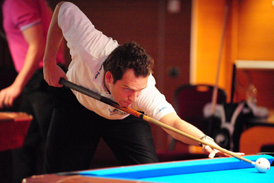 <a href='portraits.asp?prt=87' target='_blank' style='text-decoration:underline; color:#660000'>Dimitri Jungo</a> an der 9-Ball Eurotour in Treviso 2011